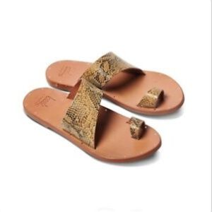 Beek Finch Sandals 38 8 Snake Tan Brown New